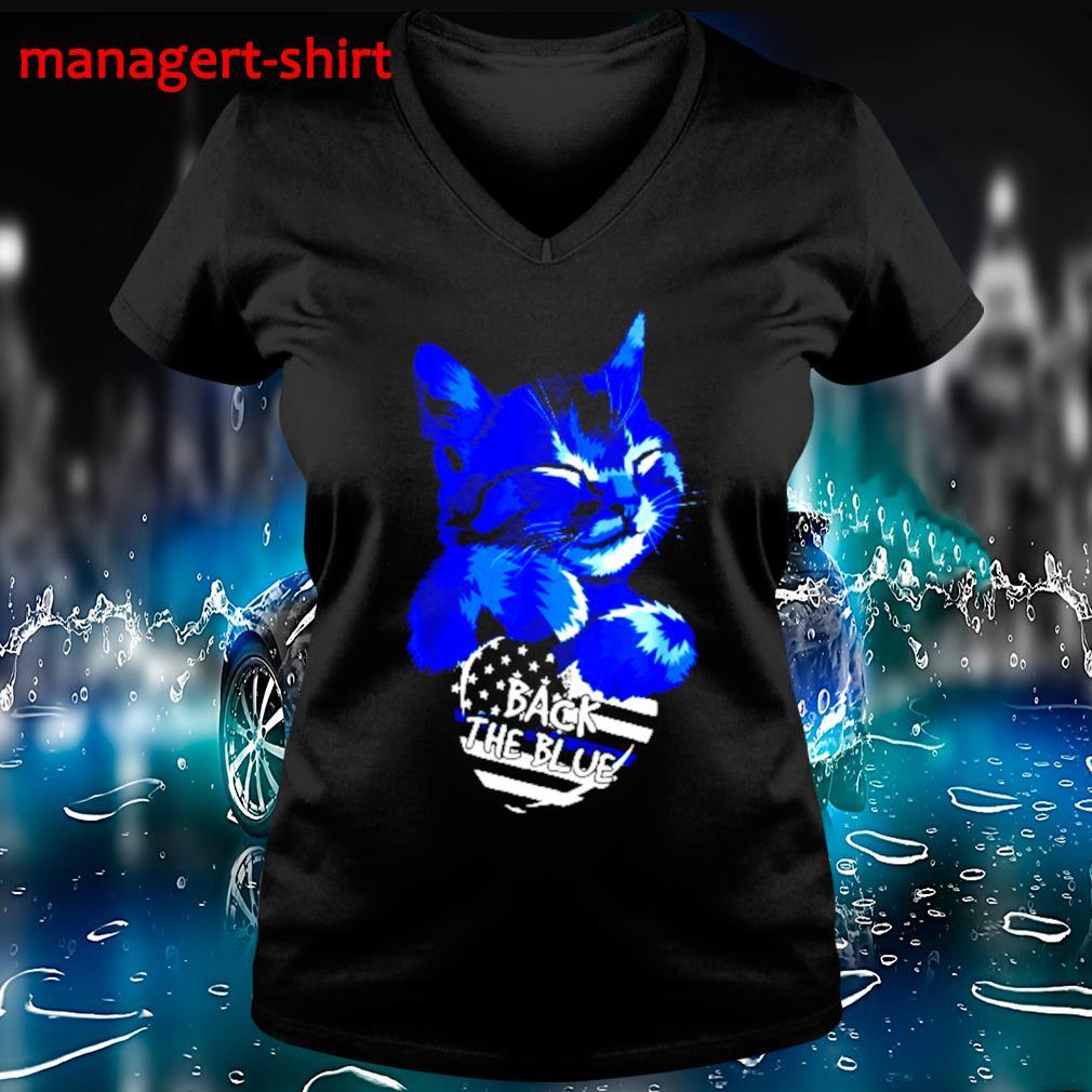 Cat Hug heart back the blue s V-neck t-shirt